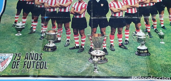 Coleccionismo deportivo: SUPER PÓSTER ATHLETIC DE BILBAO - 75 AÑOS DE FUTBOL 1898 - 1973 - LA ACTUALIDAD ESPAÑOLA - Foto 3 - 252913405