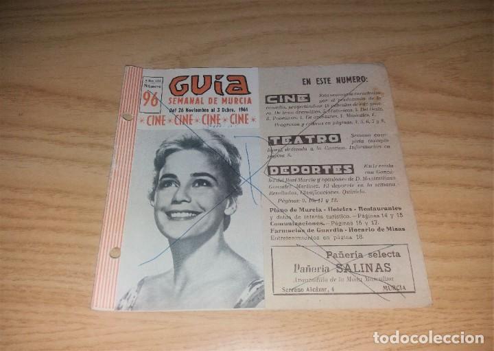 PAPEL ANTIGUO. GUÍA SEMANAL DE MURCIA, 26 NOVIEMBRE 1961. CON FOTO DEL JUGADOR DEL MURCIA GONZÁLEZ (Coleccionismo Deportivo - Revistas y Periódicos - otros Fútbol)