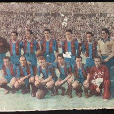 Coleccionismo deportivo: BARÇA FIRMA MANUSCRITA DE MANCHON - BARÇA DE LAS CINCO COPAS - BOLETÍN C.F. BARCELONA - 1953 -. Lote 266588128