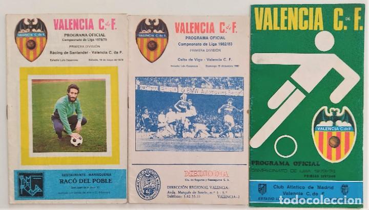 VALENCIA CLUB DE FUTBOL - TRES PROGRAMA OFICIAL CAMPEONATO DE LIGA 73-74; 78-79; Y 82-83 (Coleccionismo Deportivo - Revistas y Periódicos - otros Fútbol)