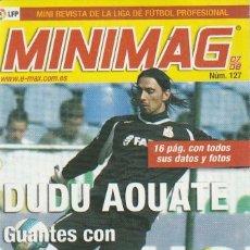 Coleccionismo deportivo: MINIMAG 2007 2008 Nº 127 DUDU AOUATE PORTERO DEL DEPORTIVO DE LA CORUÑA, GUANTES CON PEGAMENTO. Lote 271948323