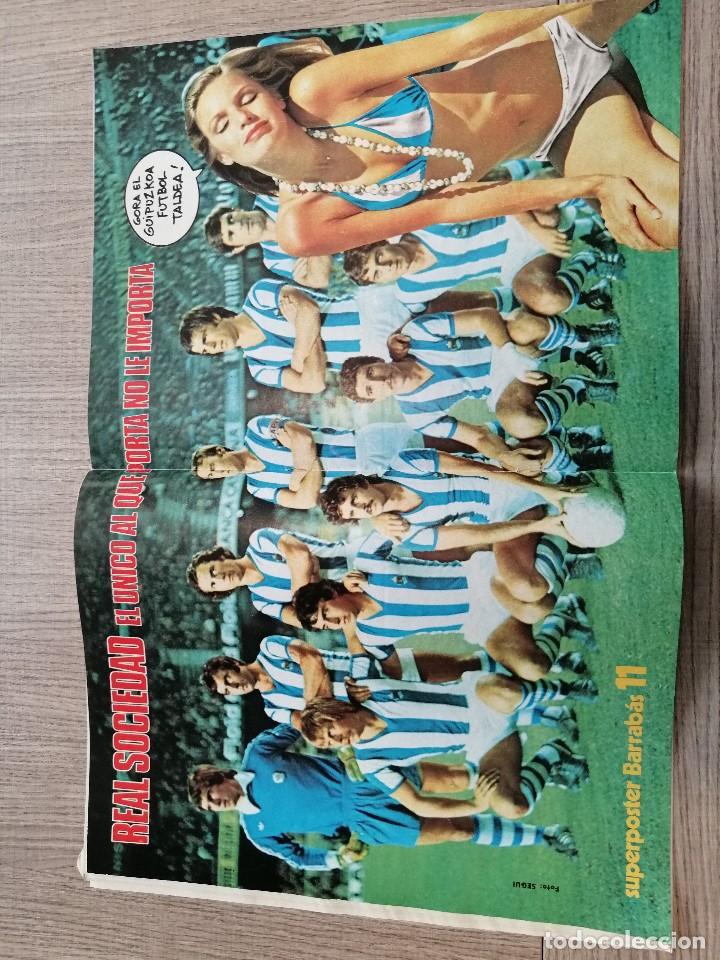 Coleccionismo deportivo: Revista-Cómic Barrabás, 21-12-1976 Nº 220, FC Barcelona, poster Real Sociedad. - Foto 3 - 203937363