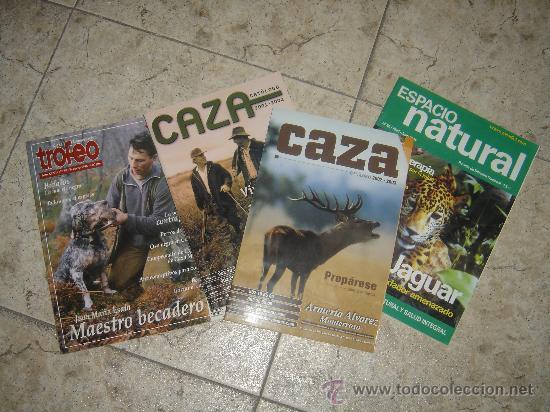 CUATRO REVISTAS DE CAZA. CAT. CAZA. TROF. CAZA. ESP. NATURA (Coleccionismo Deportivo - Revistas y Periódicos - otros Deportes)