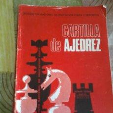 Coleccionismo deportivo: CARTILLA DE AJEDREZ. DELEGACIÓN NACIONAL DE EDUCACIÓN FÍSICA Y DEPORTES EST18B4. Lote 43820539