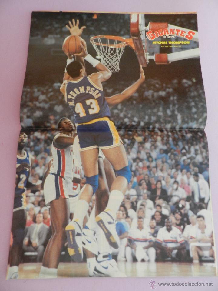 Coleccionismo deportivo: REVISTA GIGANTES DEL BASKET Nº 141-1988 SELECCIÓN ESPAÑOLA JJOO SEUL-POSTER NBA THOMPSON-OAKLEY - Foto 3 - 45379475