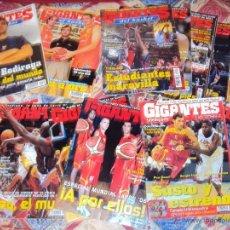 Coleccionismo deportivo: 38 REVISTAS GIGANTES DEL BASKET (BALONCESTO). Lote 65823029