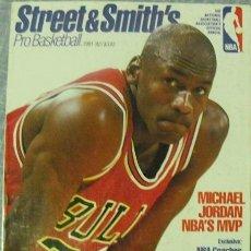 Coleccionismo deportivo: MICHAEL JORDAN - REVISTA ''STREET AND SMITH'S PROBASKETBALL'' (1991-92) - NBA. Lote 46100650