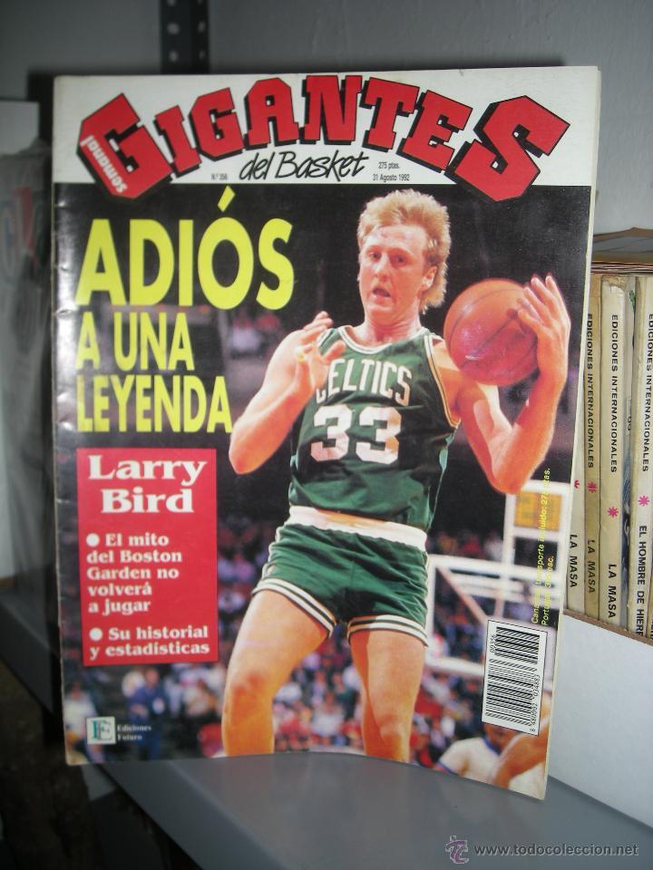 LARRY BIRD. GIGANTES DEL BASKET 356. (Coleccionismo Deportivo - Revistas y Periódicos - otros Deportes)