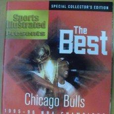Coleccionismo deportivo: MICHAEL JORDAN & CHICAGO BULLS - REVISTA ''SPORTS ILLUSTRATED'' (1996) - CUARTO ANILLO (72-10) - NBA. Lote 199259445
