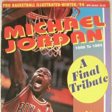 Coleccionismo deportivo: MICHAEL JORDAN - REVISTA ESPECIAL ''A FINAL TRIBUTE. 1985-1993'' - CON PÓSTERS. Lote 54258044