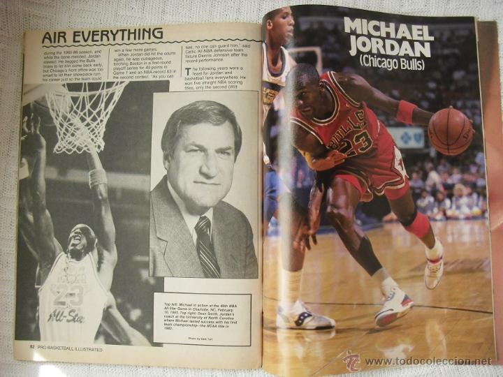 Coleccionismo deportivo: Michael Jordan - Revista especial A final tribute. 1985-1993 - con pósters - Foto 7 - 54258044