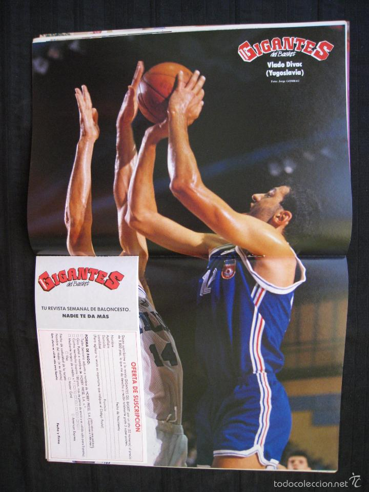 Coleccionismo deportivo: GIGANTES DEL BASKET - Nº 192 - CON POSTER DE VLADO DIVAC ( YUGOSLAVIA ). - Foto 5 - 57328961