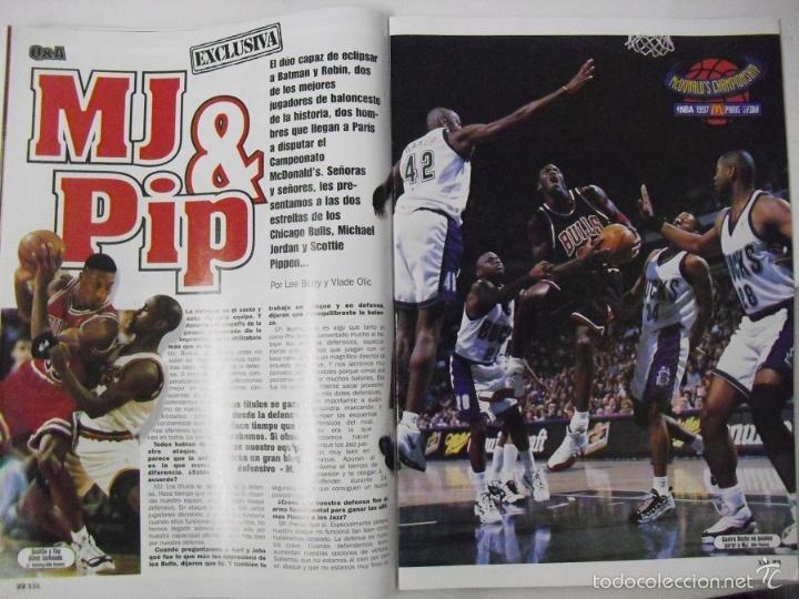 Coleccionismo deportivo: Michael Jordan & Scottie Pippen - Revista XXL Basket - Open McDonalds 1997 - Foto 2 - 53834228