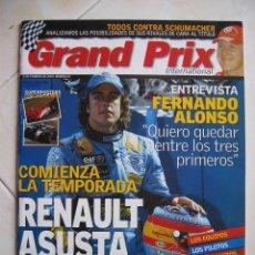 Coleccionismo deportivo: REVISTA GRAND PRIX INTERNACIONAL 2005 FIRMADA SCHUMACHER, ALONSO, ETC, CERTIFICADO ORIGINAL. Lote 63525408