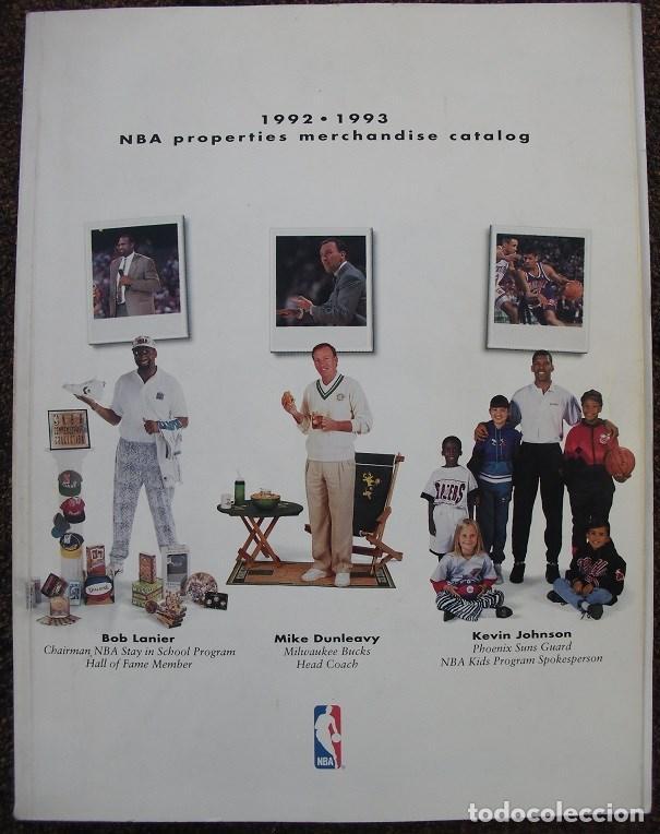 LIBRO-GUÍA DE MERCHANDISING NBA DE LA TEMPORADA 1992-93 (Coleccionismo Deportivo - Revistas y Periódicos - otros Deportes)