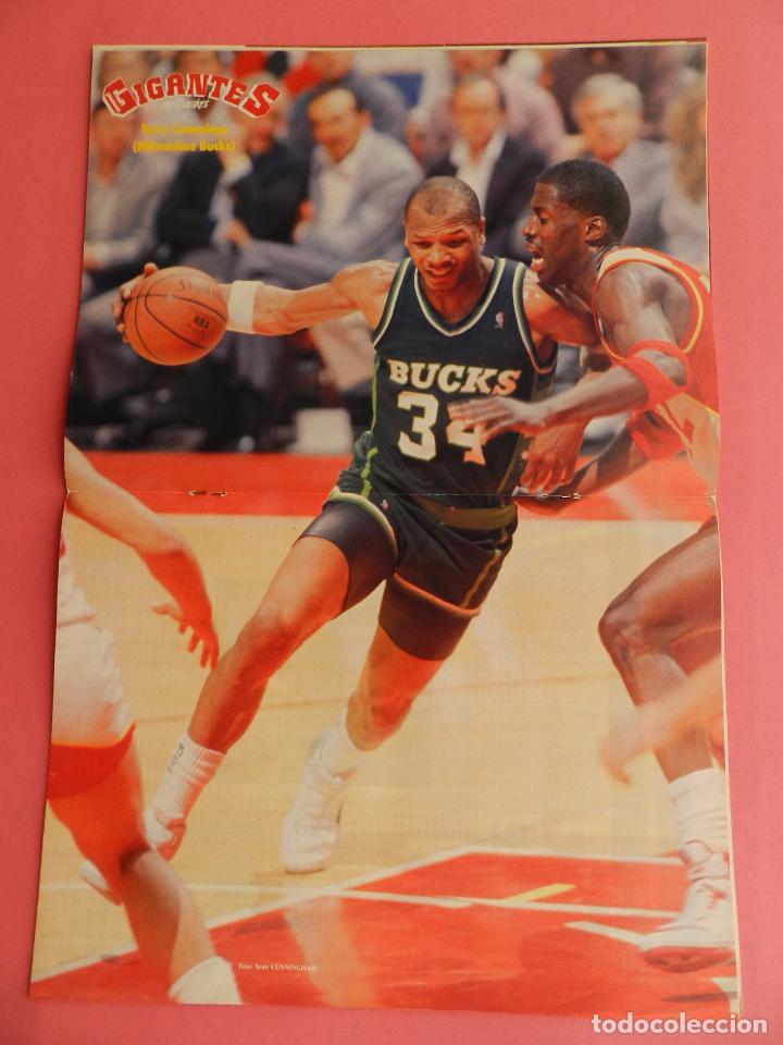 Coleccionismo deportivo: REVISTA GIGANTES DEL BASKET Nº 176 1989 POSTER CUMMINGS BUCKS NBA-MONTERO-FINAL RECOPA REAL MADRID - Foto 3 - 72102187