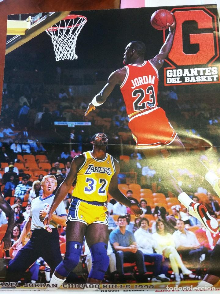 Coleccionismo deportivo: Revista nº 1410 Gigantes del Basket. Gigantes 1410. Incluye 8 posters Michael Jordan - Foto 4 - 88098336