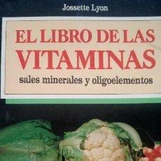 Coleccionismo deportivo: LIBRO EL LIBRO DE LAS VITAMINAS. Lote 103447351