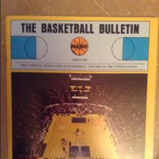 Coleccionismo deportivo: THE BASKETBALL BULLETIN (NABC) SPRING 1980. Lote 104484075
