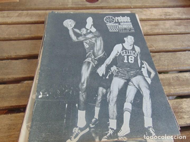 Coleccionismo deportivo: 8 REVISTA DE BALONCESTO REBOTE AÑO 1969 DE MAYO A DICIEMBRE - Foto 6 - 112393199