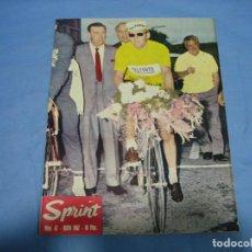 Coleccionismo deportivo: REVISTA DE CICLISMO SPRINT AÑOS 60. Lote 113224387