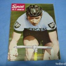 Coleccionismo deportivo: REVISTA DE CICLISMO SPRINT AÑOS 60. Lote 113224483