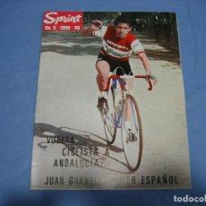 Coleccionismo deportivo: REVISTA DE CICLISMO SPRINT AÑOS 60. Lote 113224611