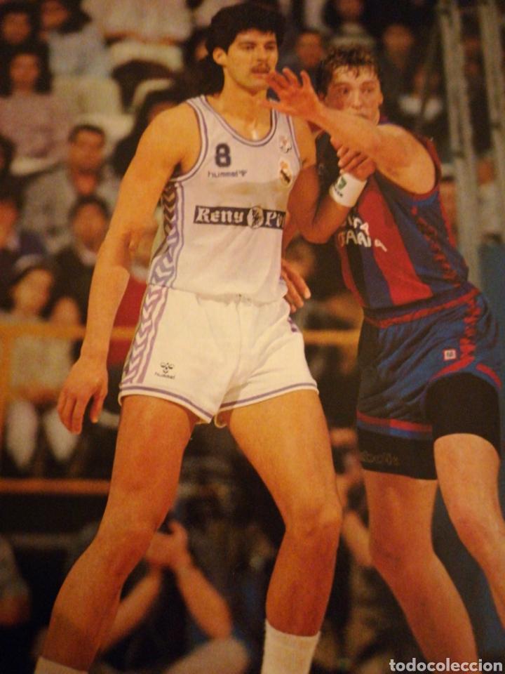 Coleccionismo deportivo: Gigantes del basket final four 90 en Zaragoza poster juventud número 232 abril 1990 - Foto 2 - 113700204