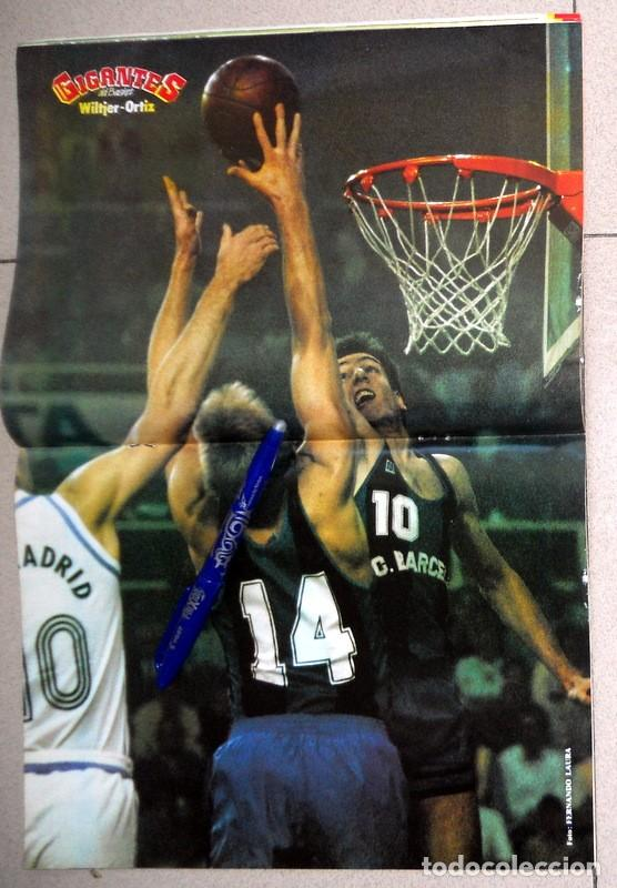 Coleccionismo deportivo: REVISTA GIGANTES del BASKET Nº7 Diciembre 1985 BALONCESTO PÓSTER WILTJER Y ORTIZ FC BARCELONA NBA - Foto 2 - 116784111
