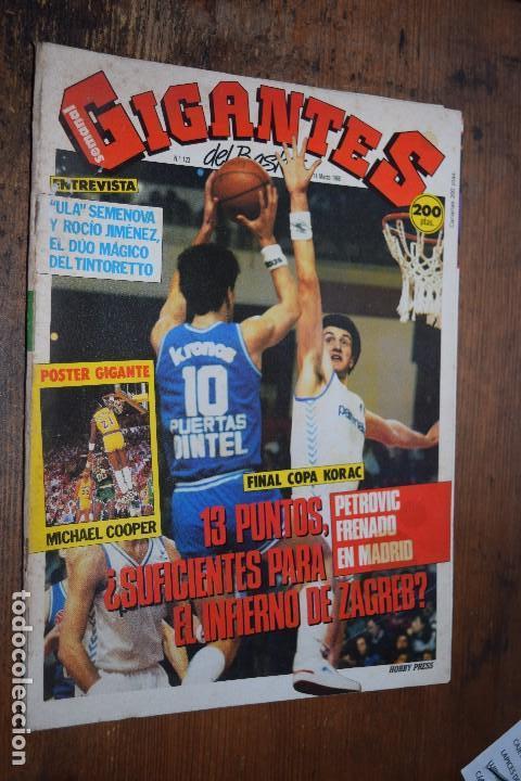 GIGANTES DEL BASKET Nº 123, 1988, POSTER DOBLE DE MICHAEL COOPER Y COLECCIONABLE DE GRANDES SISTEMAS (Coleccionismo Deportivo - Revistas y Periódicos - otros Deportes)