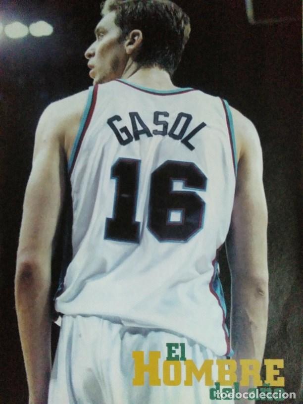 Coleccionismo deportivo: Pau Gasol - 17 revistas Gigantes del Basket y Revista Oficial NBA (2000-2009) - NBA - Foto 8 - 130455458