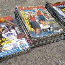 Coleccionismo deportivo: LOTE DE 110 REVISTAS DE BALONCESTO ''GIGANTES DEL BASKET'' (1995-2003). Lote 134056914