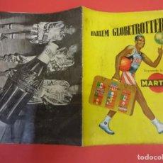 Coleccionismo deportivo: HARLEM GLOBETROTTERS DISPUTANDO LA COPA MARTINI 1953. CONTRAPORTADA COCA-COLA. Lote 135106594