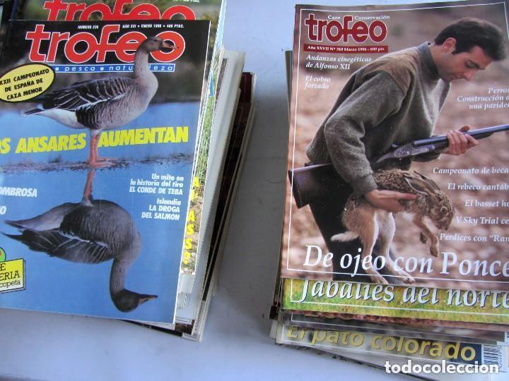 TROFEO. REVISTA CAZA, (PESCA, NATURALEZA) LOTE DE 69 EJEMPLARES ENTRE Nº 236 (1990) Y 331 (1997) VER (Coleccionismo Deportivo - Revistas y Periódicos - otros Deportes)