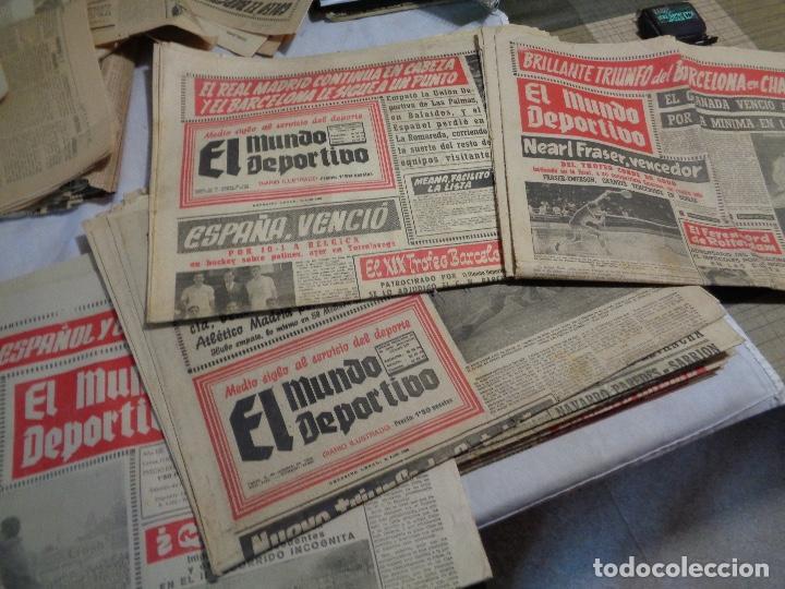 LOTE DE CATORCE PERIÓDICOS MUNDO DEPORTIVO AÑO 1958 (Coleccionismo Deportivo - Revistas y Periódicos - otros Deportes)