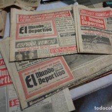 Coleccionismo deportivo: LOTE DE CATORCE PERIÓDICOS MUNDO DEPORTIVO AÑO 1958. Lote 142596914