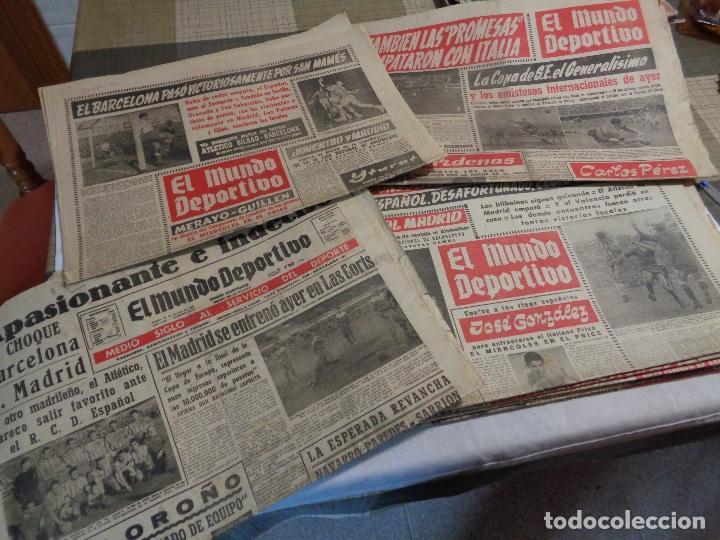 Coleccionismo deportivo: Lote de catorce periódicos Mundo Deportivo año 1958 - Foto 2 - 142596914