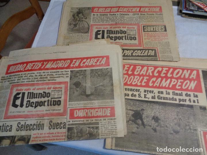 Coleccionismo deportivo: Lote de catorce periódicos Mundo Deportivo año 1958 - Foto 4 - 142596914