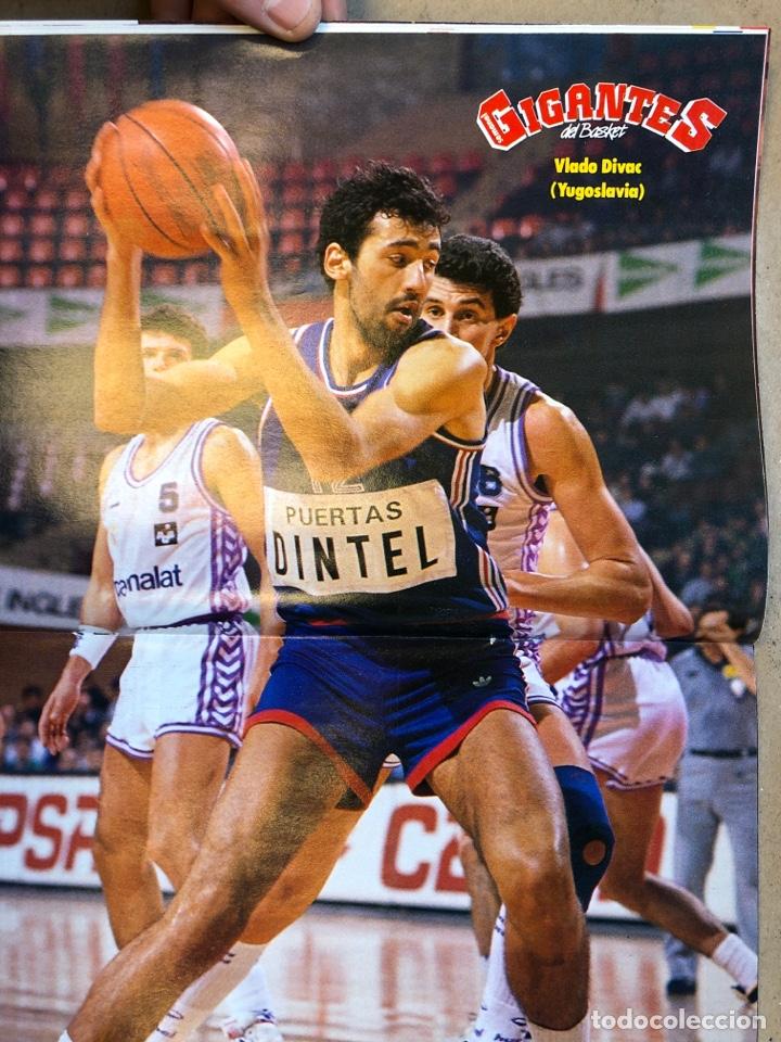 Coleccionismo deportivo: GIGANTES DEL BASKET N° 167 (1989). MANUTE BOL, CAJABILBAO ITURRIAGA, BARÇA, POSTER VLADO DIVAC,.,, - Foto 2 - 149451814
