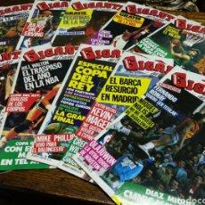 Coleccionismo deportivo: LOTE REVISTAS GIGANTES DEL BASKET- N°1 AL 10, 1985-86.(CON PEGATINAS)- DIFÍCIL!!!. Lote 153060770
