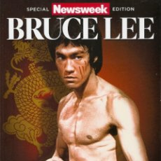 Coleccionismo deportivo: BRUCE LEE - ''NEWSWEEK'' - REVISTA/LIBRO ESPECIAL 75º ANIVERSARIO (1940-2015). Lote 143351322