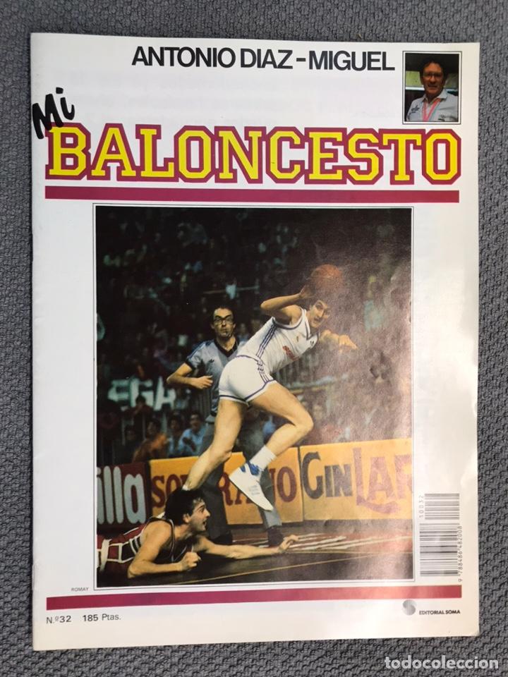 MI BALONCESTO, POR ANTONIO DÍAZ-MIGUEL. EDITA: ED. SOMA. NO.32, POSTER, ROMAY. (A.1985) (Coleccionismo Deportivo - Revistas y Periódicos - otros Deportes)