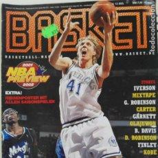 Coleccionismo deportivo: REVISTA ALEMANA BASKET (NOV 2001) - NOWITZKI, NBA PREVIEW 01/02 (+ 4 SUPERPOSTERS). Lote 184057002