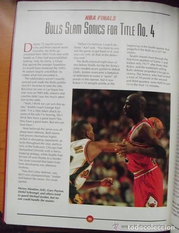 Coleccionismo deportivo: Michael Jordan - Libro/revista Raging Bulls - Cuarto anillo (1996) - NBA - Foto 9 - 184232372