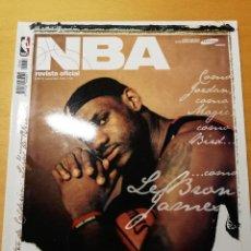 Coleccionismo deportivo: REVISTA OFICIAL NBA Nº 169 (SEPTIEMBRE 2006) INCLUYE PÓSTER JOSÉ MANUEL CALDERÓN. Lote 189273158