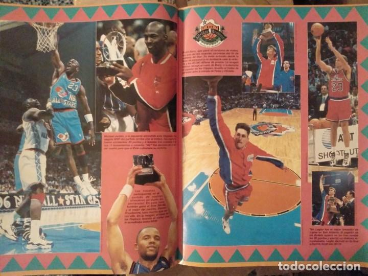 Coleccionismo deportivo: Lote de 10 (+1) números de la Revista Oficial NBA (1994-1996) - Foto 2 - 194906910