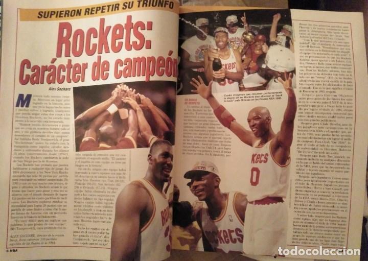 Coleccionismo deportivo: Lote de 10 (+1) números de la Revista Oficial NBA (1994-1996) - Foto 3 - 194906910