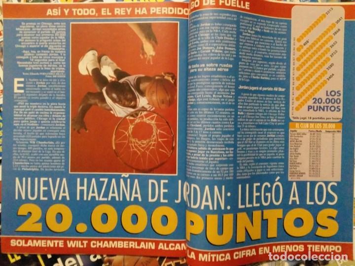 Coleccionismo deportivo: Michael Jordan - 13 revistas Gigantes del basket (1991-1994) - NBA - Foto 6 - 194906918