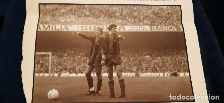Coleccionismo deportivo: PERIODICO EL PAIS OBJETIVO RAÚL CANCIO FOTOGRAFIA CRUYFF NEESKENS BARCELONA VAYA PAR DE PILLOS - Foto 2 - 195057992