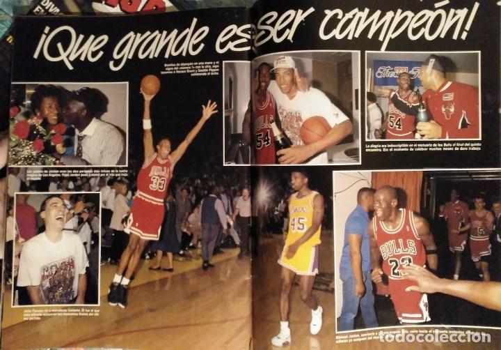 Coleccionismo deportivo: Michael Jordan & Chicago Bulls - Revistas Gigantes del Basket - primer anillo (1991) - NBA - Foto 7 - 195345745